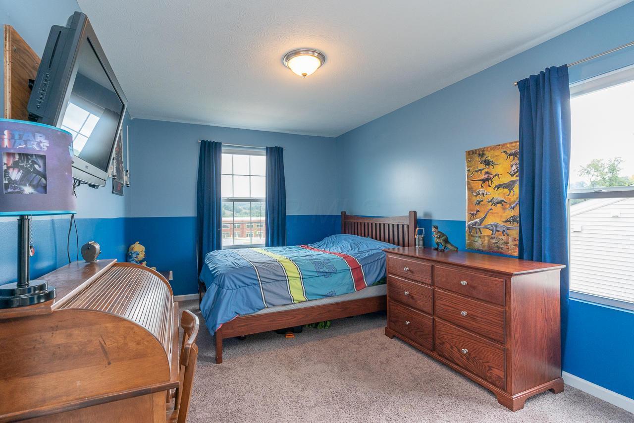 2138 Greencrest Way, Lancaster, Ohio 43130, 4 Bedrooms Bedrooms, ,3 BathroomsBathrooms,Residential,For Sale,Greencrest,220025829