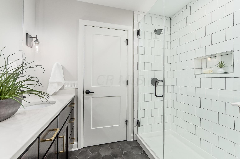 199 5th Avenue Avenue, Columbus, Ohio 43201, 2 Bedrooms Bedrooms, ,3 BathroomsBathrooms,Residential,For Sale,5th Avenue,220025833