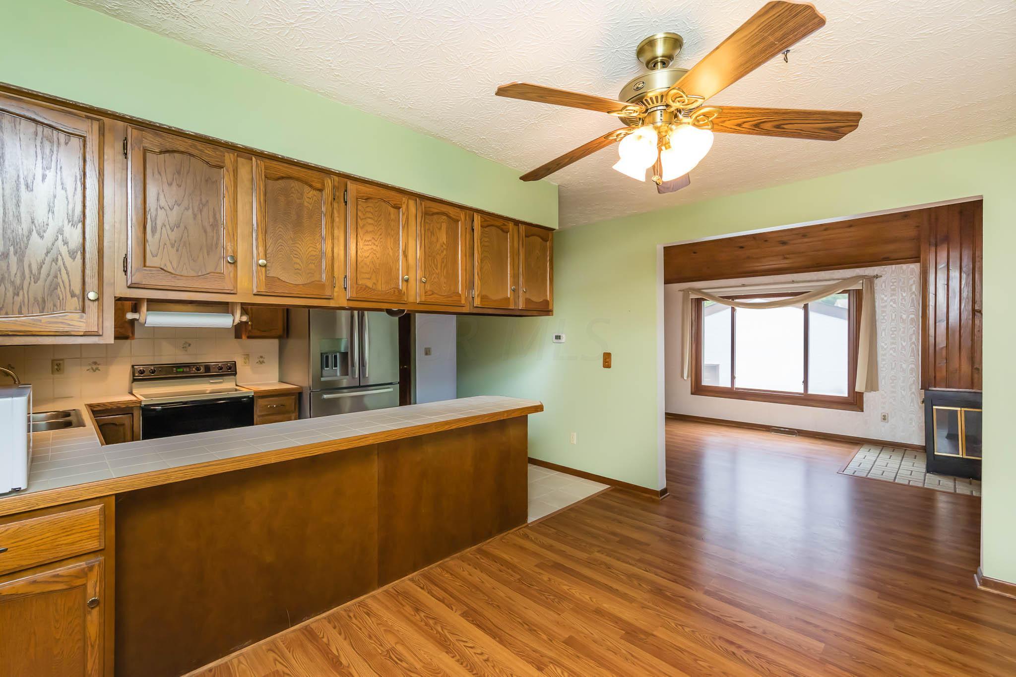 6358 Chippenhook Court, Dublin, Ohio 43017, 3 Bedrooms Bedrooms, ,2 BathroomsBathrooms,Residential,For Sale,Chippenhook,220024831