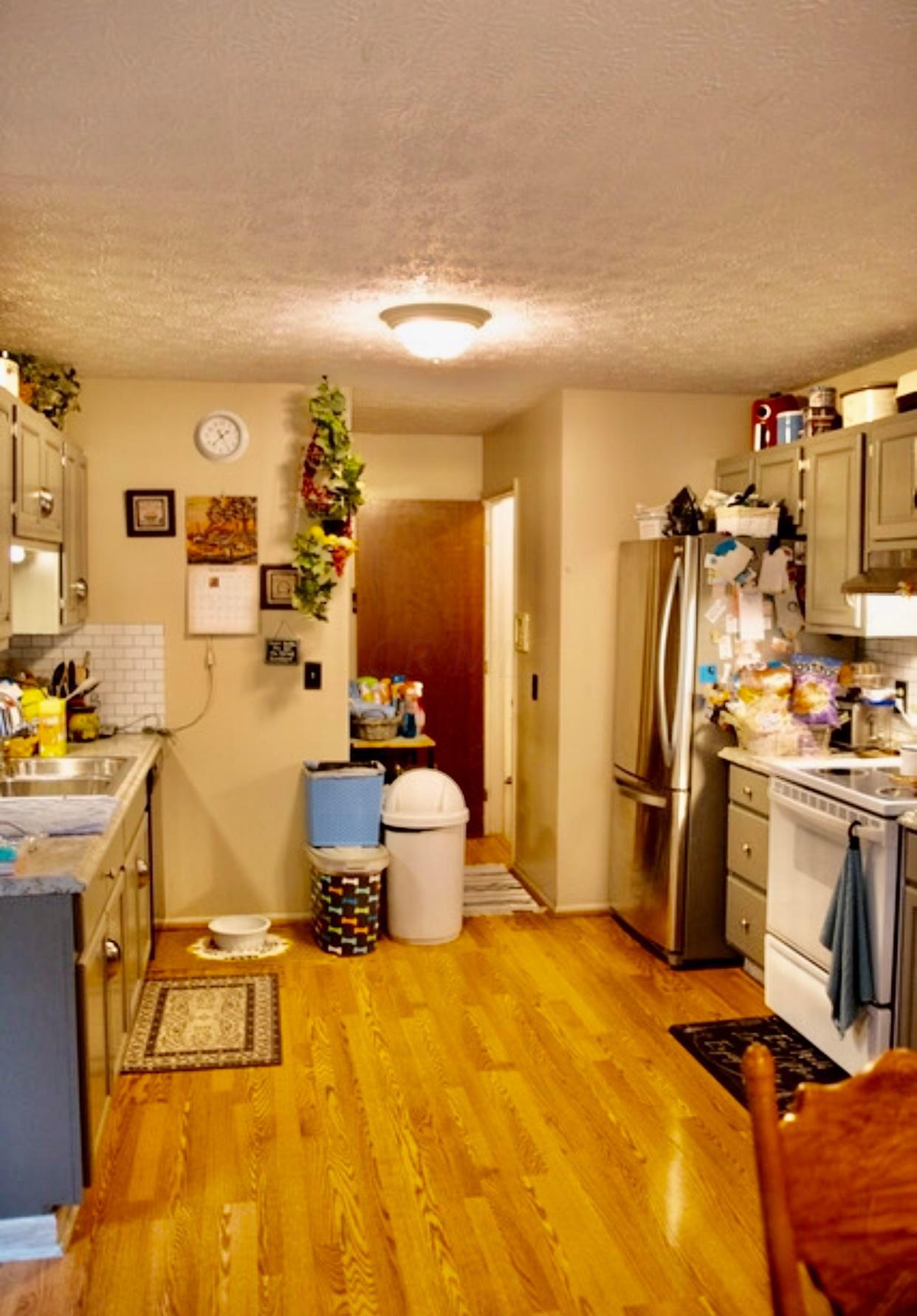 5662 Scotty Court, Hilliard, Ohio 43026, 3 Bedrooms Bedrooms, ,2 BathroomsBathrooms,Residential,For Sale,Scotty,220025731