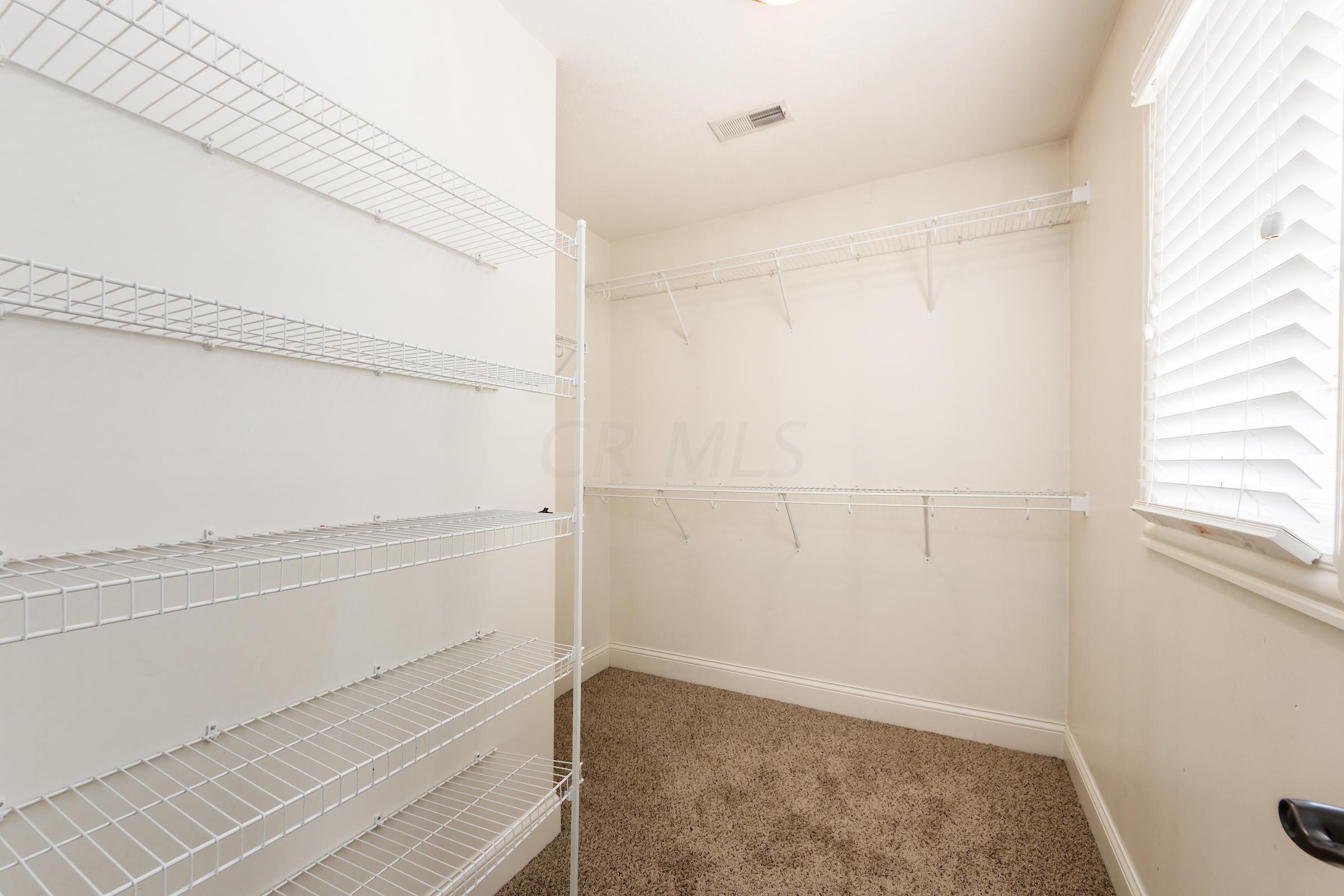 9366 Pine Creek Drive, Powell, Ohio 43065, 5 Bedrooms Bedrooms, ,5 BathroomsBathrooms,Residential,For Sale,Pine Creek,220025706