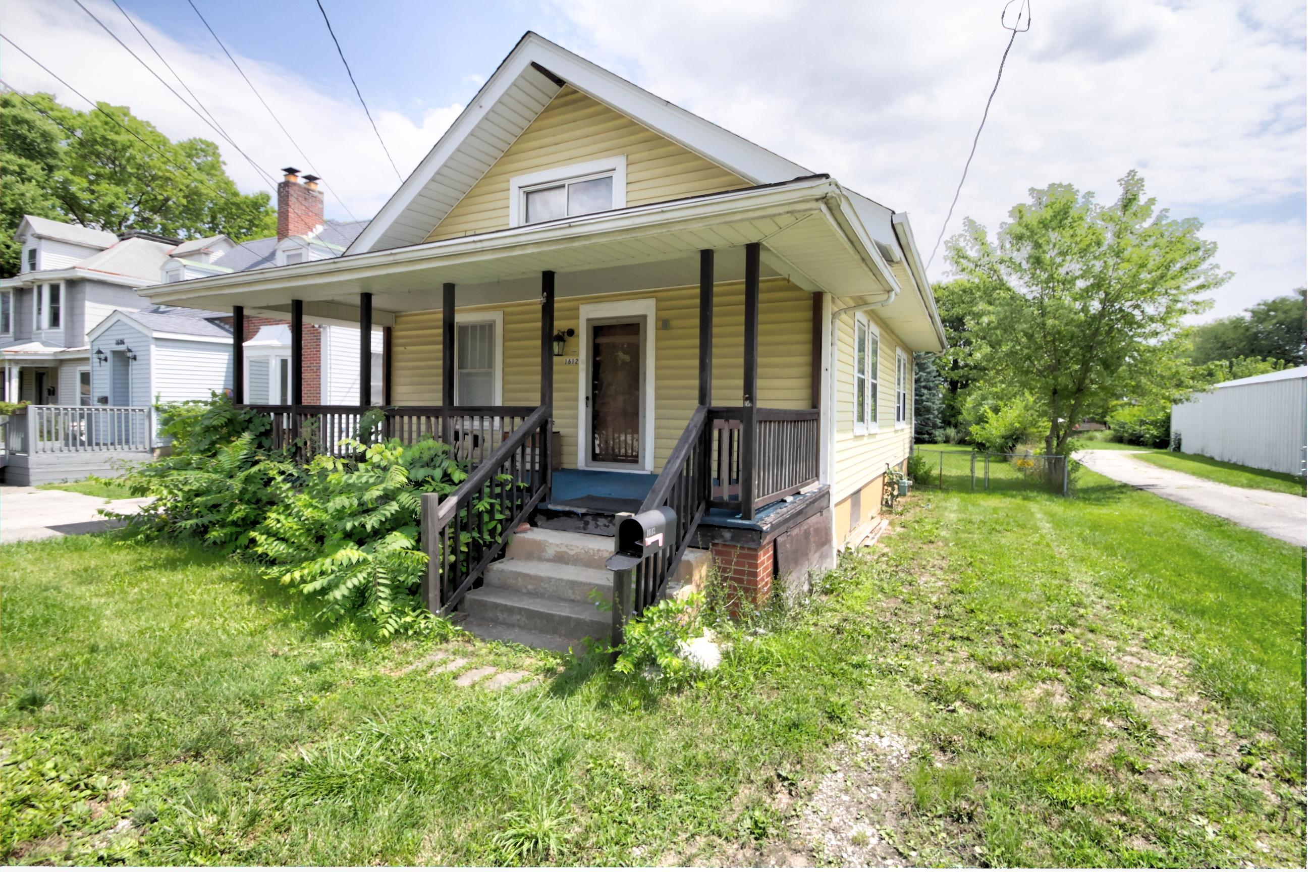 Property for sale at 1612 Harrisburg Pike, Columbus,  Ohio 43223