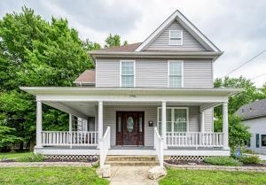 Welcome to your new home! Relax & enjoy small town life from the front porch of your new home.