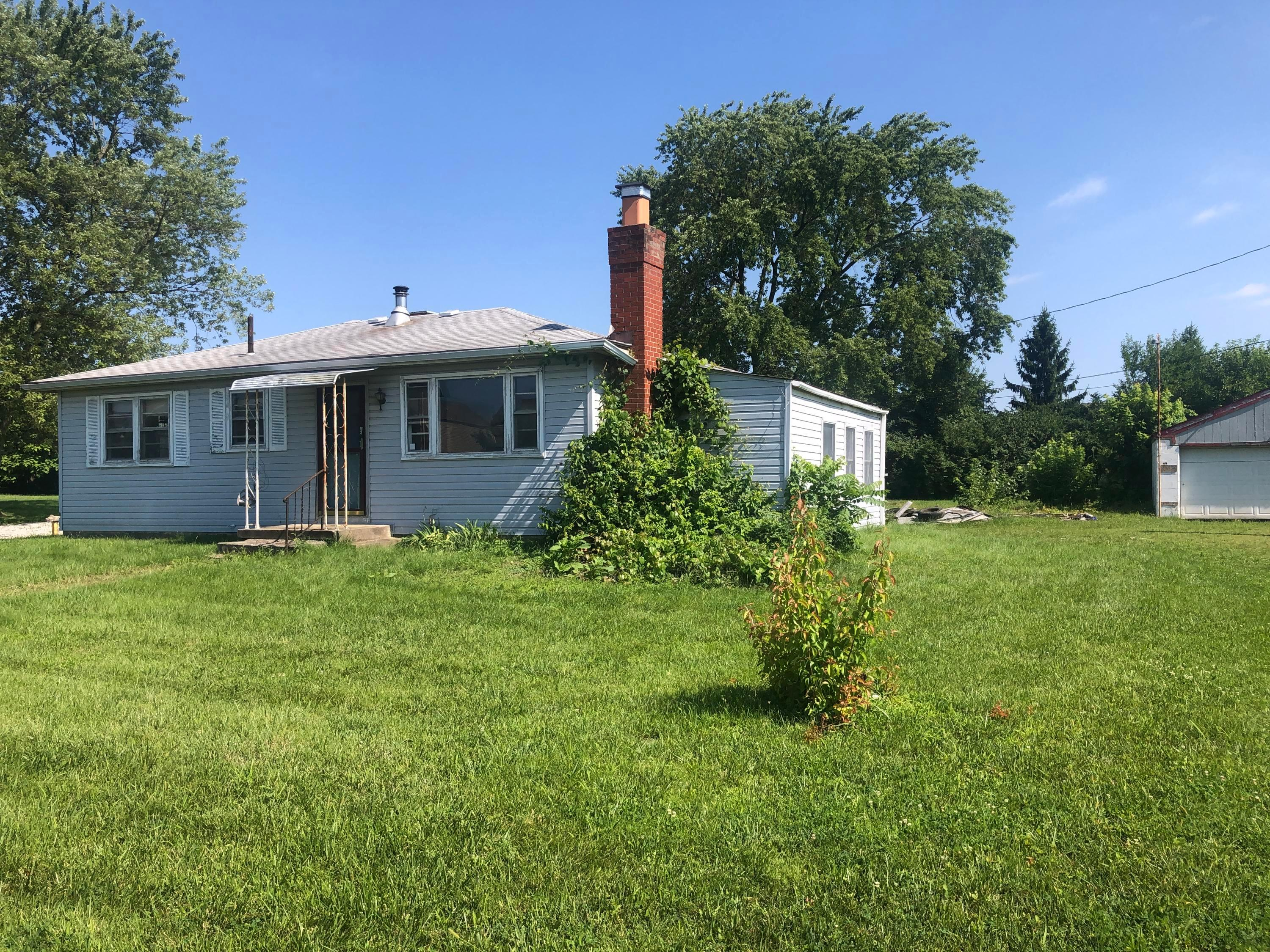 1410 White Road, Grove City, Ohio 43123, 2 Bedrooms Bedrooms, ,1 BathroomBathrooms,Residential,For Sale,White,220026617