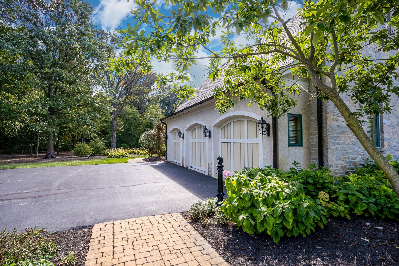 8693 Roberts Road, Galloway, Ohio 43119, 4 Bedrooms Bedrooms, ,5 BathroomsBathrooms,Residential,For Sale,Roberts,219034932