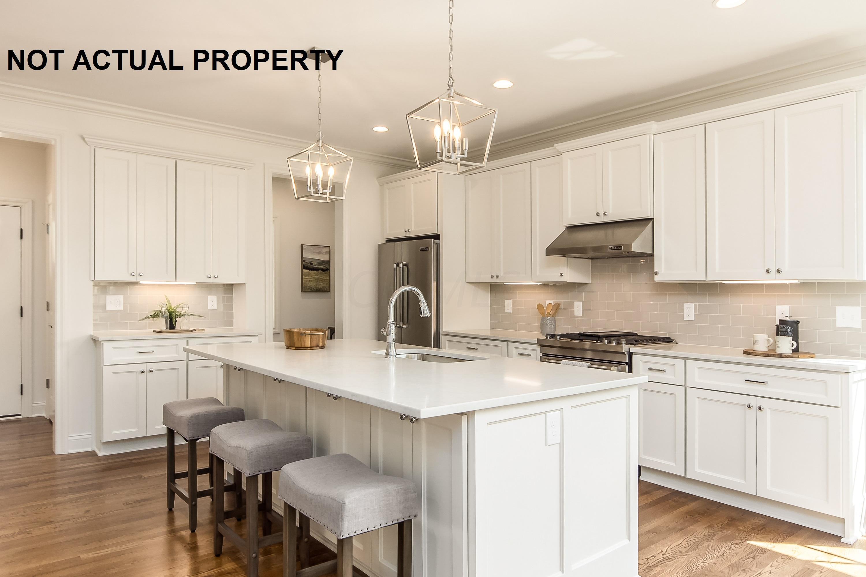 2352 Vineyard Drive, Columbus, Ohio 43220, 3 Bedrooms Bedrooms, ,3 BathroomsBathrooms,Residential,For Sale,Vineyard,220028960