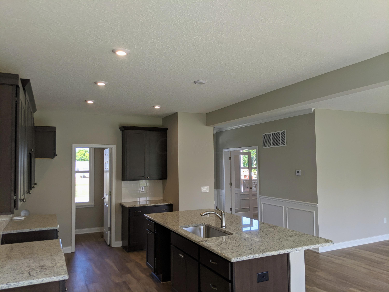 758 Wharncliff Loop, Pickerington, Ohio 43147, 4 Bedrooms Bedrooms, ,3 BathroomsBathrooms,Residential,For Sale,Wharncliff,220017901