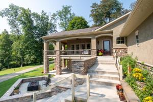 3323 Canyon Road, Granville, OH 43023