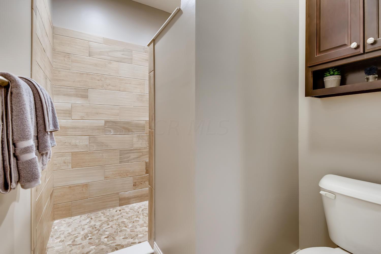 10266 Moreland Way, Plain City, Ohio 43064, 3 Bedrooms Bedrooms, ,3 BathroomsBathrooms,Residential,For Sale,Moreland,220030232