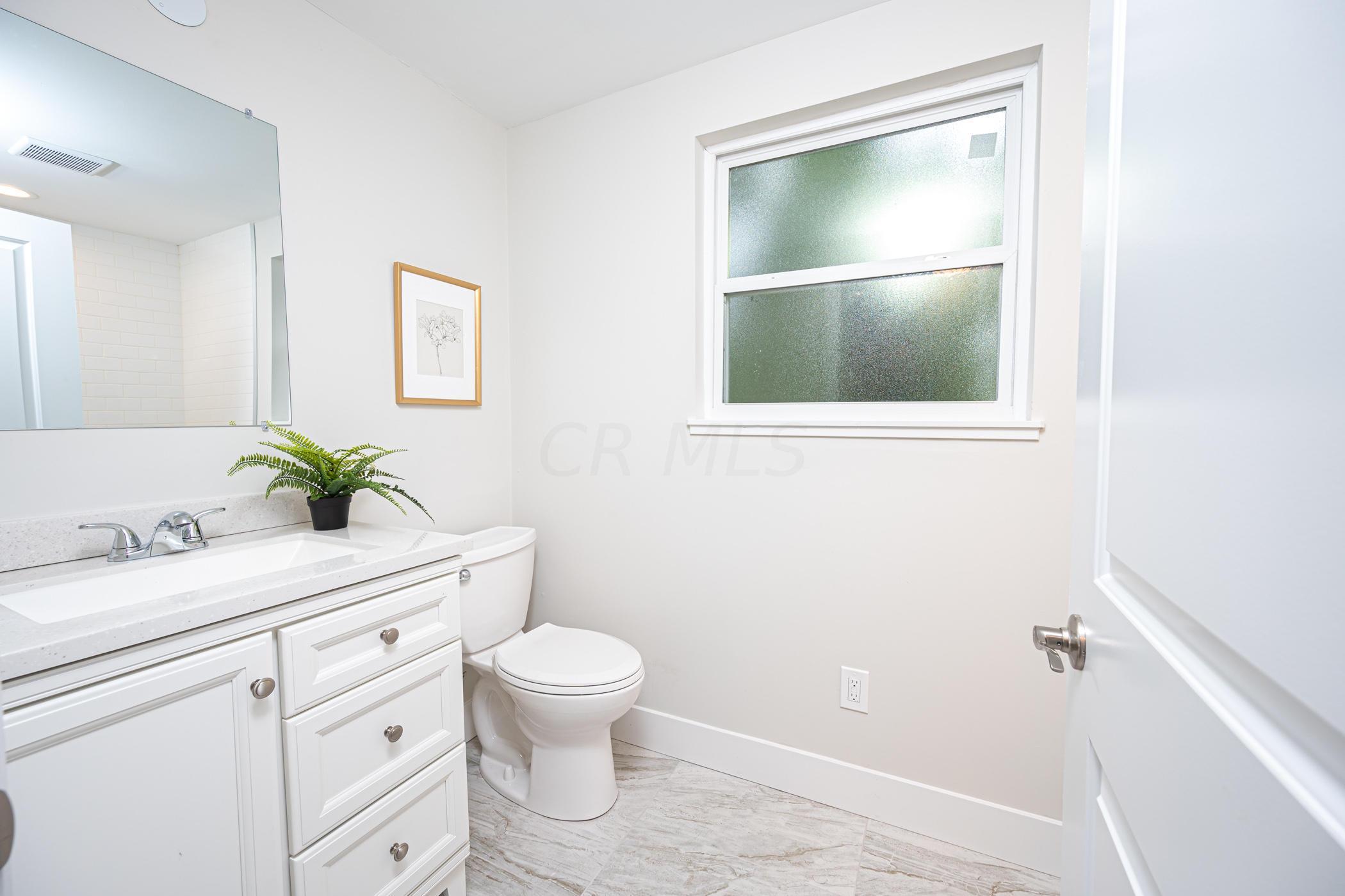 4186 Windermere Road, Upper Arlington, Ohio 43220, 3 Bedrooms Bedrooms, ,3 BathroomsBathrooms,Residential,For Sale,Windermere,220030519