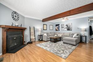 Undefined image of 697 Slate Hollow Court, Powell, OH 43065