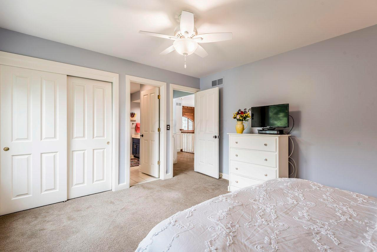 8509 Stonechat Loop, Dublin, Ohio 43017, 5 Bedrooms Bedrooms, ,6 BathroomsBathrooms,Residential,For Sale,Stonechat,220030643
