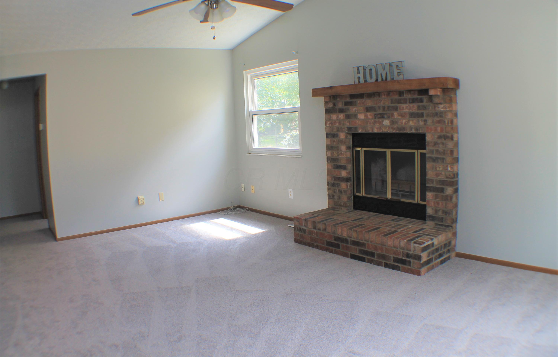 6016 Hildenboro Drive, Dublin, Ohio 43017, 3 Bedrooms Bedrooms, ,2 BathroomsBathrooms,Residential,For Sale,Hildenboro,220030672