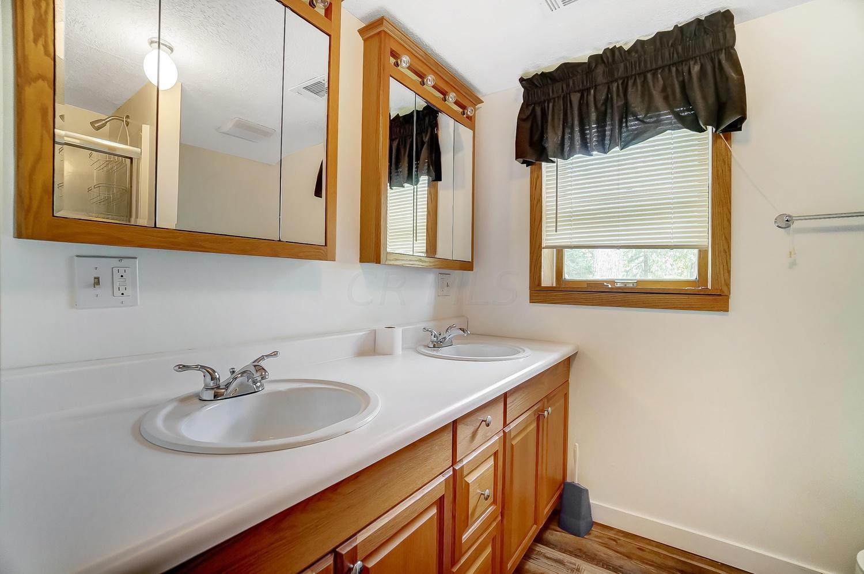 6290 Post Road, Dublin, Ohio 43017, 4 Bedrooms Bedrooms, ,3 BathroomsBathrooms,Residential,For Sale,Post,220031017