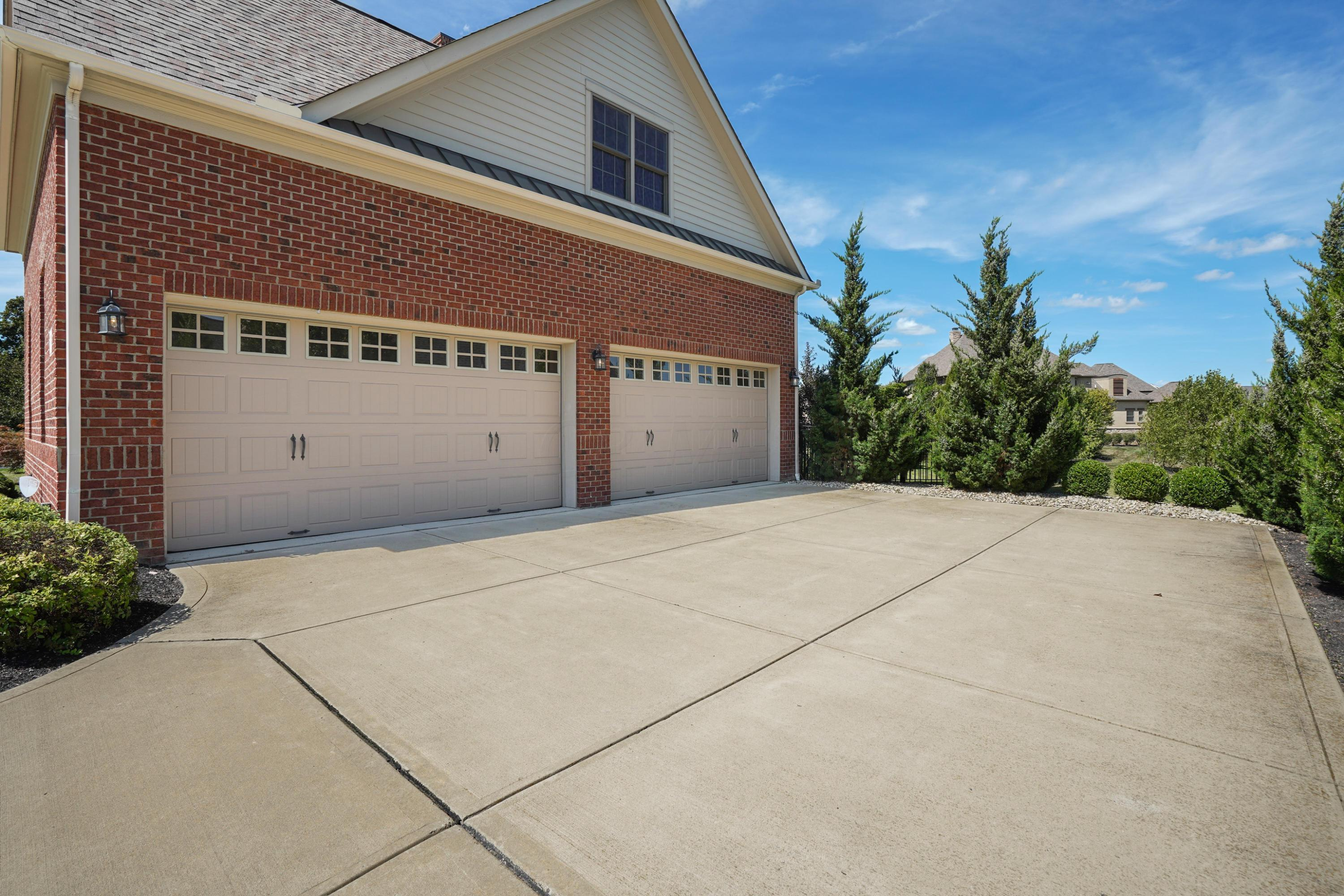 7970 Ginger Place, Dublin, Ohio 43017, 5 Bedrooms Bedrooms, ,6 BathroomsBathrooms,Residential,For Sale,Ginger,220031413
