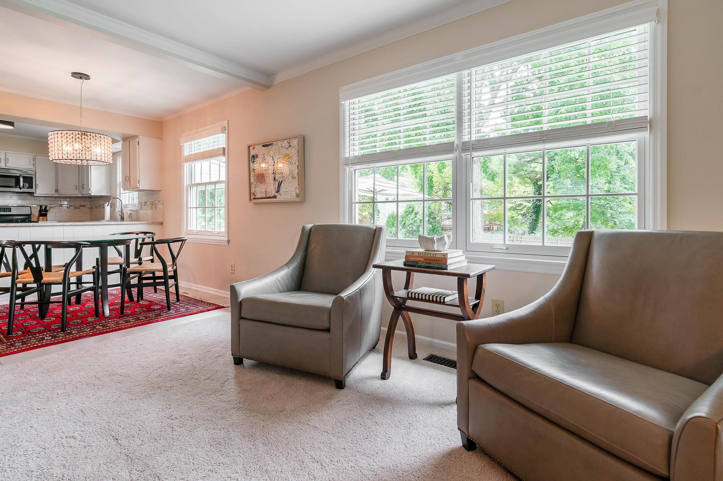 4585 Gateway Drive, Upper Arlington, Ohio 43220, 4 Bedrooms Bedrooms, ,3 BathroomsBathrooms,Residential,For Sale,Gateway,220031924