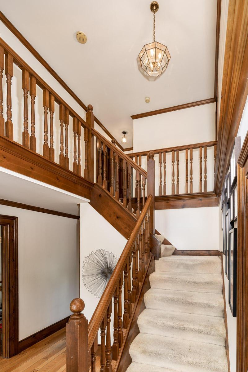 5378 Roscommon Road, Dublin, Ohio 43017, 4 Bedrooms Bedrooms, ,4 BathroomsBathrooms,Residential,For Sale,Roscommon,220031205