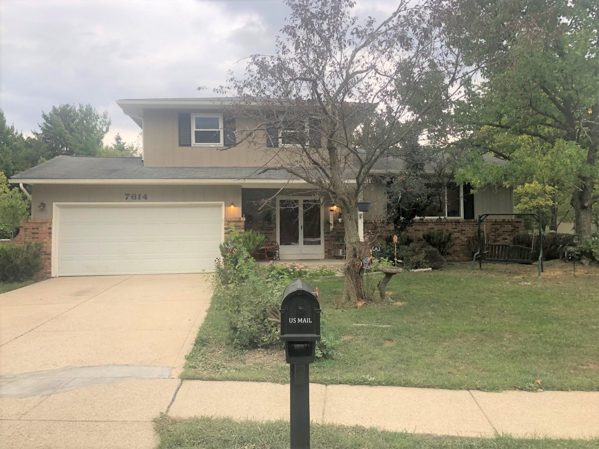 7614 Old Foxe Court, Columbus, Ohio 43235, 3 Bedrooms Bedrooms, ,3 BathroomsBathrooms,Residential,For Sale,Old Foxe,220031086