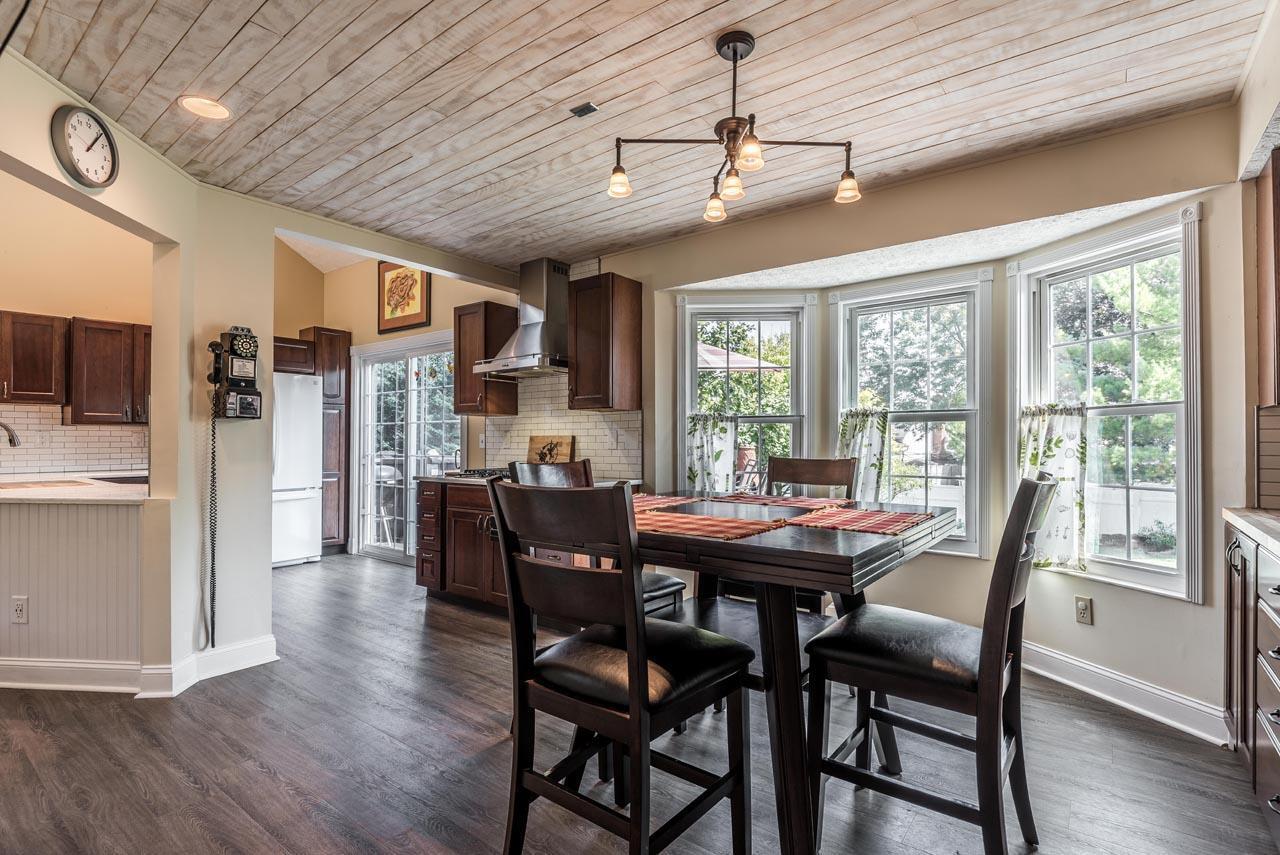 1493 Clovenstone Drive, Worthington, Ohio 43085, 3 Bedrooms Bedrooms, ,3 BathroomsBathrooms,Residential,For Sale,Clovenstone,220031438
