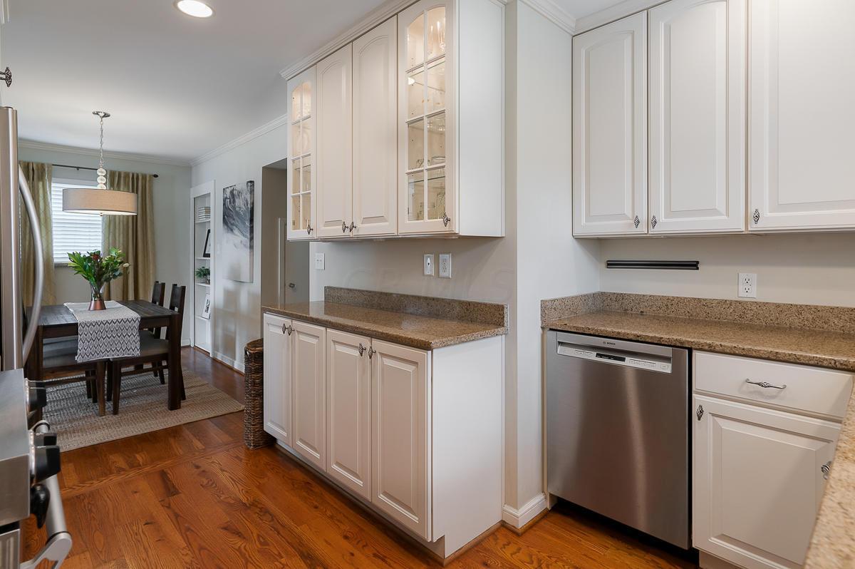 2180 Farleigh Road, Columbus, Ohio 43221, 3 Bedrooms Bedrooms, ,2 BathroomsBathrooms,Residential,For Sale,Farleigh,220031485