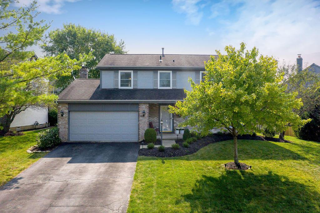 128 Highmeadows Circle, Powell, Ohio 43065, 4 Bedrooms Bedrooms, ,3 BathroomsBathrooms,Residential,For Sale,Highmeadows,220031521
