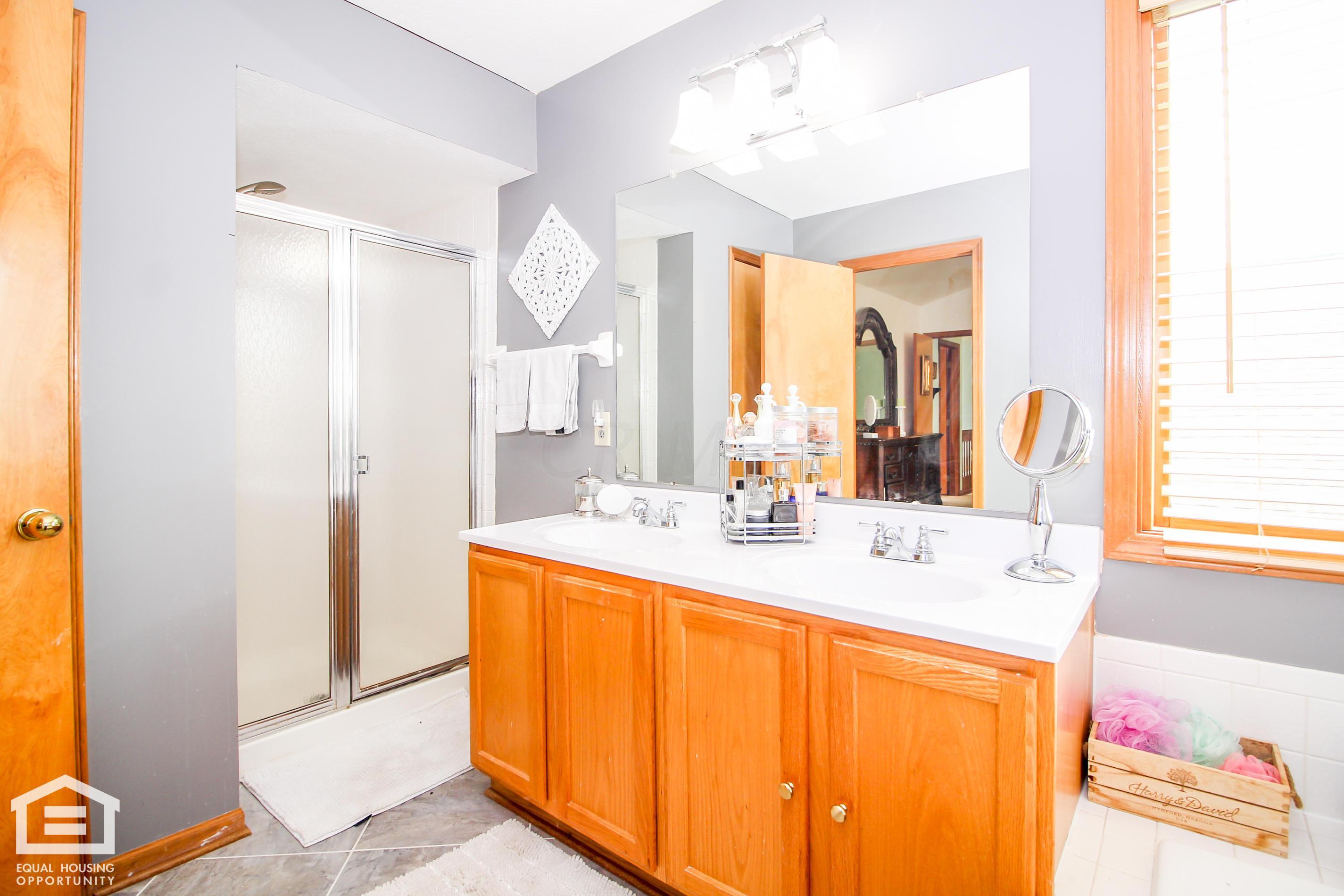 6145 Glenworth Court, Galloway, Ohio 43119, 4 Bedrooms Bedrooms, ,3 BathroomsBathrooms,Residential,For Sale,Glenworth,220031679