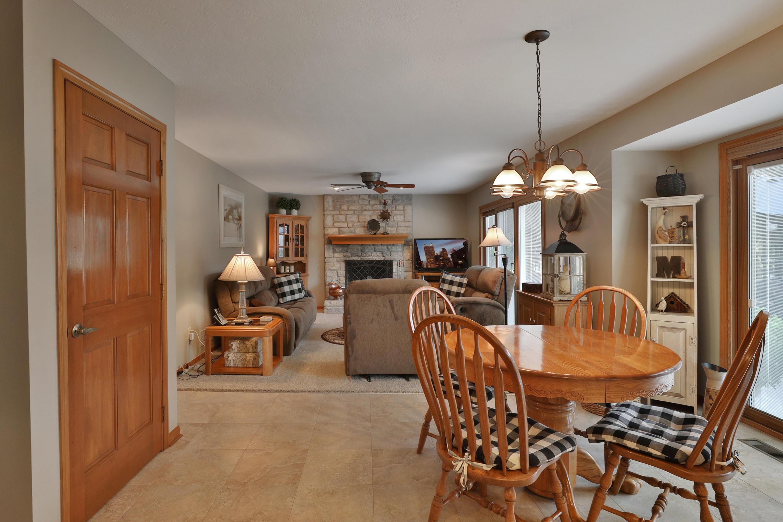 7042 Cloverdale Lane, Columbus, Ohio 43235, 4 Bedrooms Bedrooms, ,4 BathroomsBathrooms,Residential,For Sale,Cloverdale,220031751