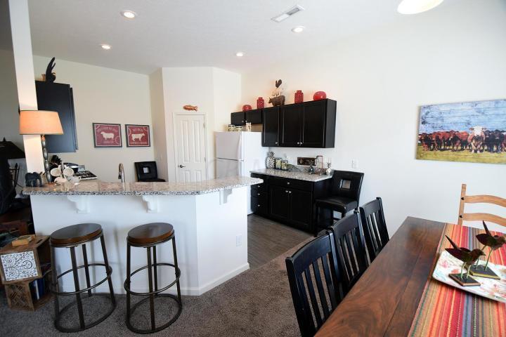 650 Redwood Lane, Lewis Center, Ohio 43035, 3 Bedrooms Bedrooms, ,2 BathroomsBathrooms,Residential,For Sale,Redwood,220031732