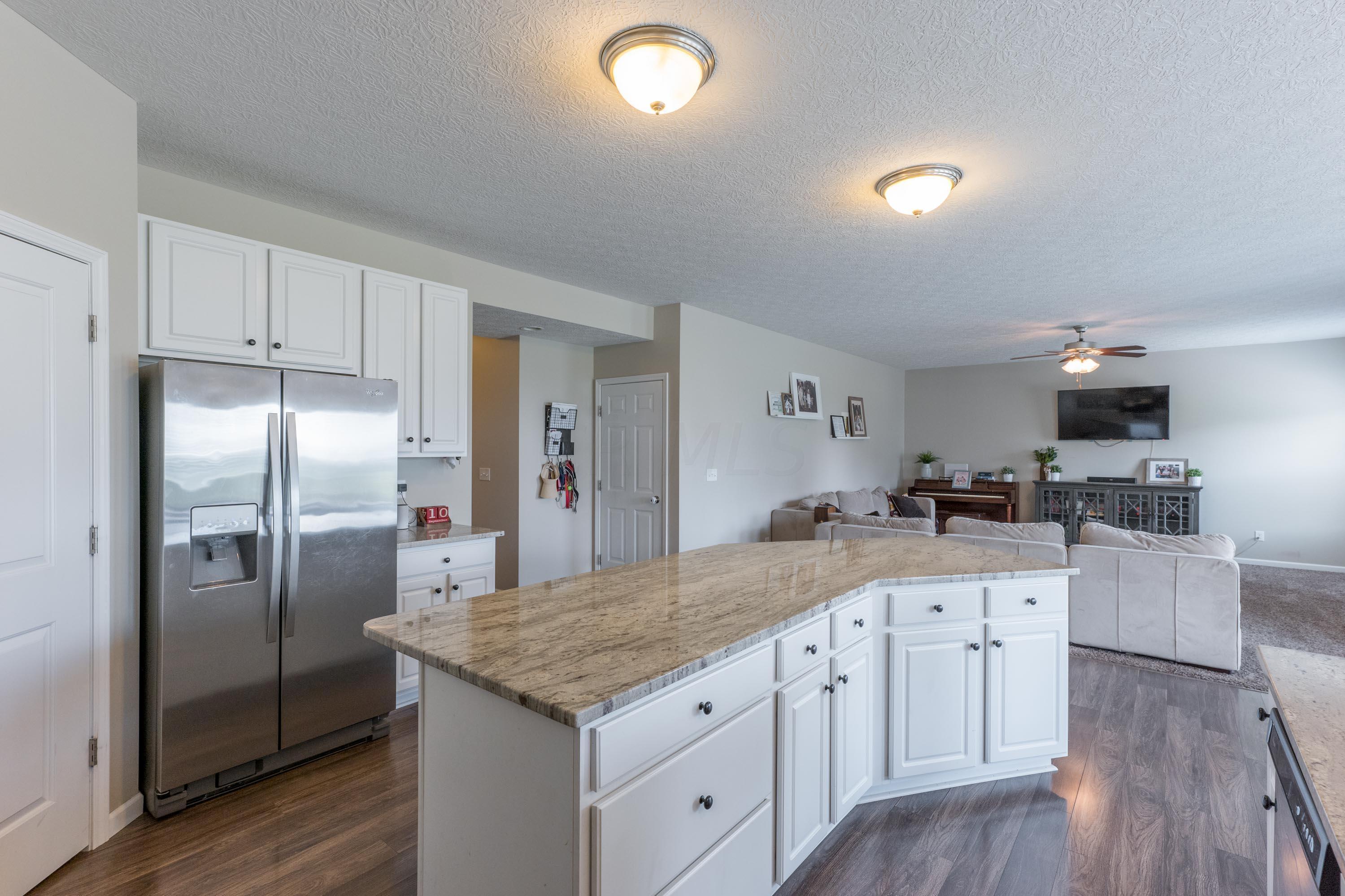 767 Oakley Drive, Delaware, Ohio 43015, 4 Bedrooms Bedrooms, ,3 BathroomsBathrooms,Residential,For Sale,Oakley,220032271