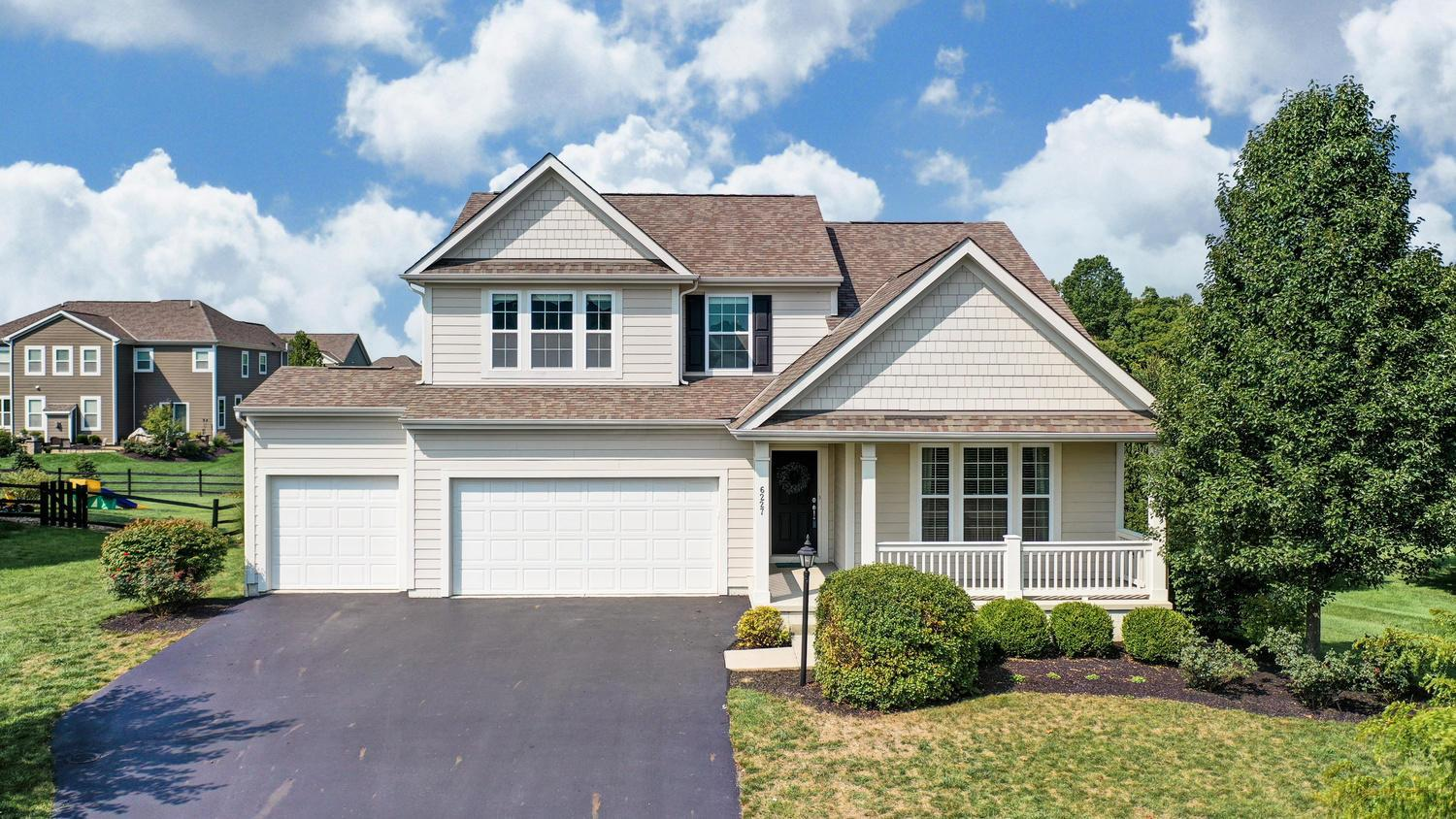 6227 Fox Hollow Drive, Galena, Ohio 43021, 4 Bedrooms Bedrooms, ,3 BathroomsBathrooms,Residential,For Sale,Fox Hollow,220031869