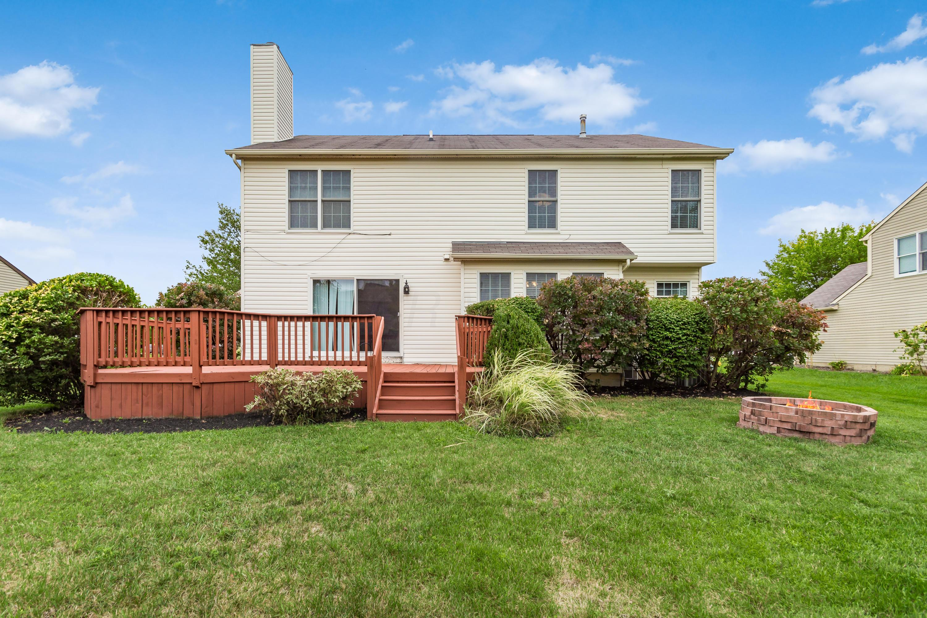 2832 Griffin Drive, Lewis Center, Ohio 43035, 4 Bedrooms Bedrooms, ,3 BathroomsBathrooms,Residential,For Sale,Griffin,220031962