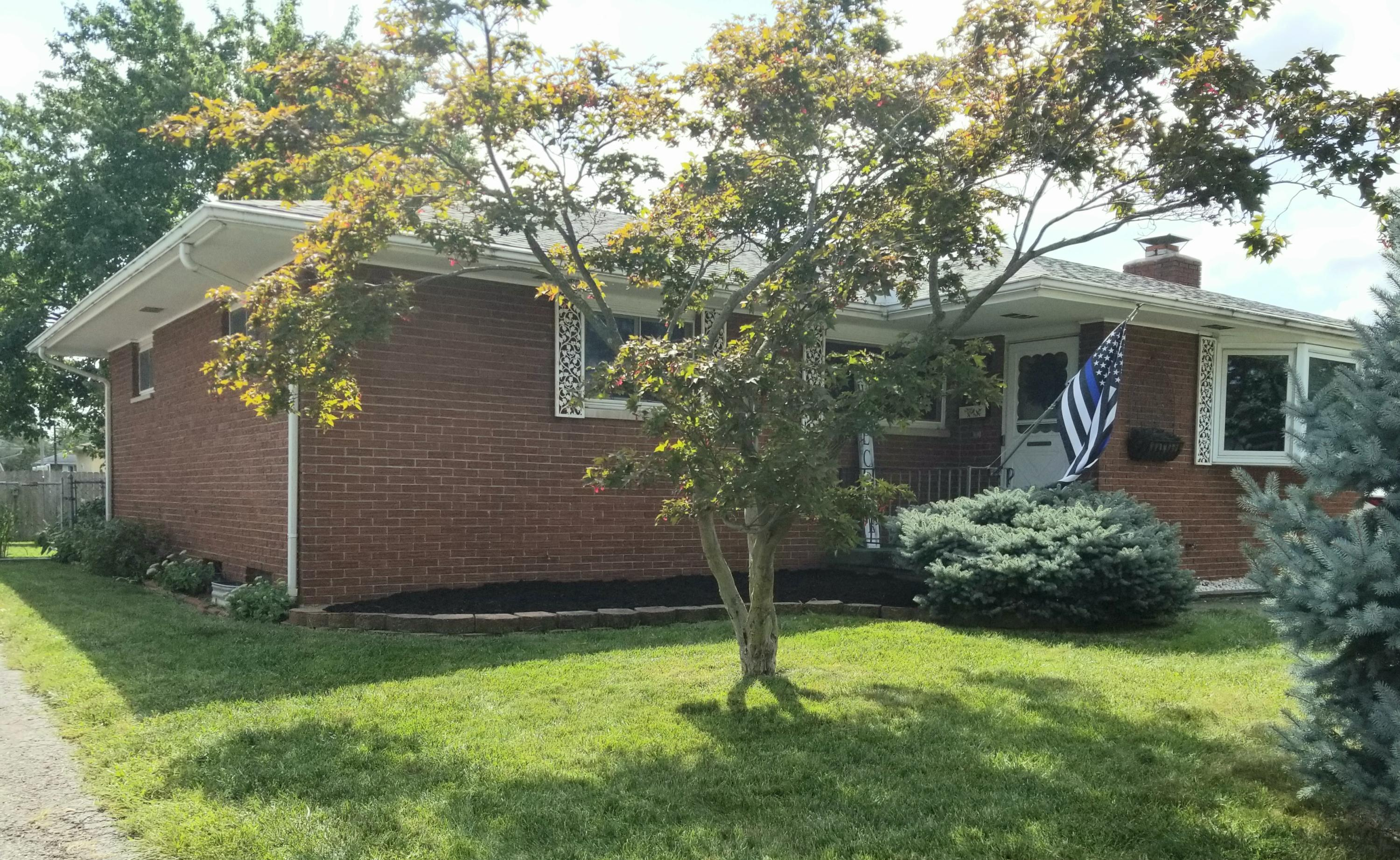 2619 Queensway Drive, Grove City, Ohio 43123, 3 Bedrooms Bedrooms, ,2 BathroomsBathrooms,Residential,For Sale,Queensway,220032005