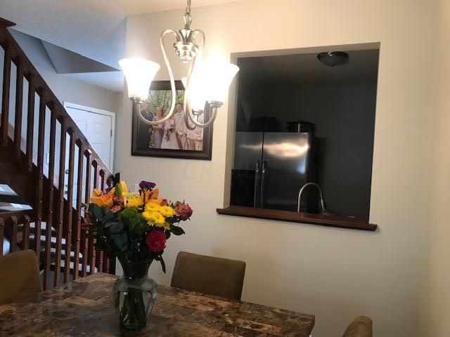 1781 Ridgebury Drive, Hilliard, Ohio 43026, 2 Bedrooms Bedrooms, ,1 BathroomBathrooms,Residential,For Sale,Ridgebury,220032014