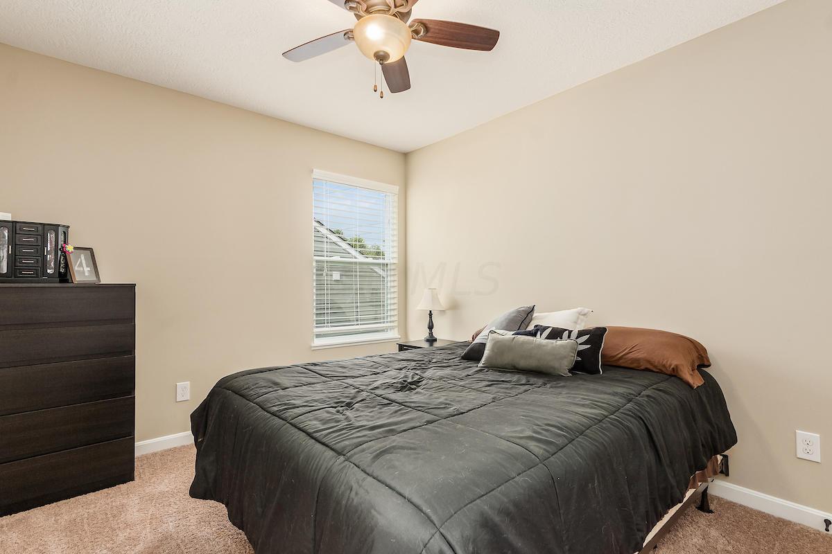 366 Junction Crossing Drive, Columbus, Ohio 43213, 4 Bedrooms Bedrooms, ,3 BathroomsBathrooms,Residential,For Sale,Junction Crossing,220032071