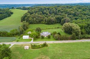 Undefined image of 2330 Mount Zwingli Road SE, Bremen, OH 43107