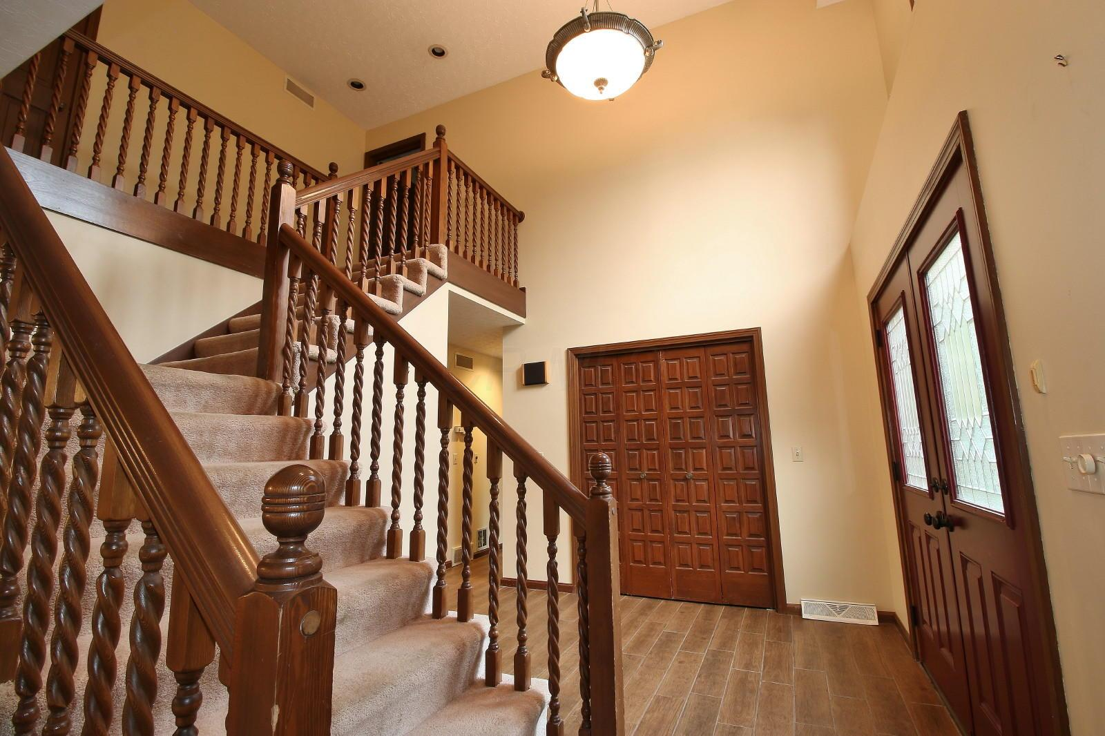 891 Southeast Court, Zanesville, Ohio 43701, 5 Bedrooms Bedrooms, ,4 BathroomsBathrooms,Residential,For Sale,Southeast,220019237