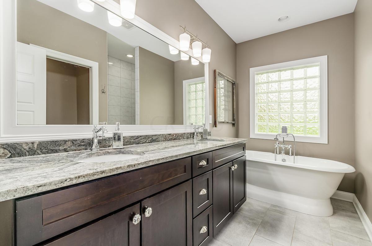 928 Creek Run Court, Westerville, Ohio 43081, 4 Bedrooms Bedrooms, ,4 BathroomsBathrooms,Residential,For Sale,Creek Run,220032165