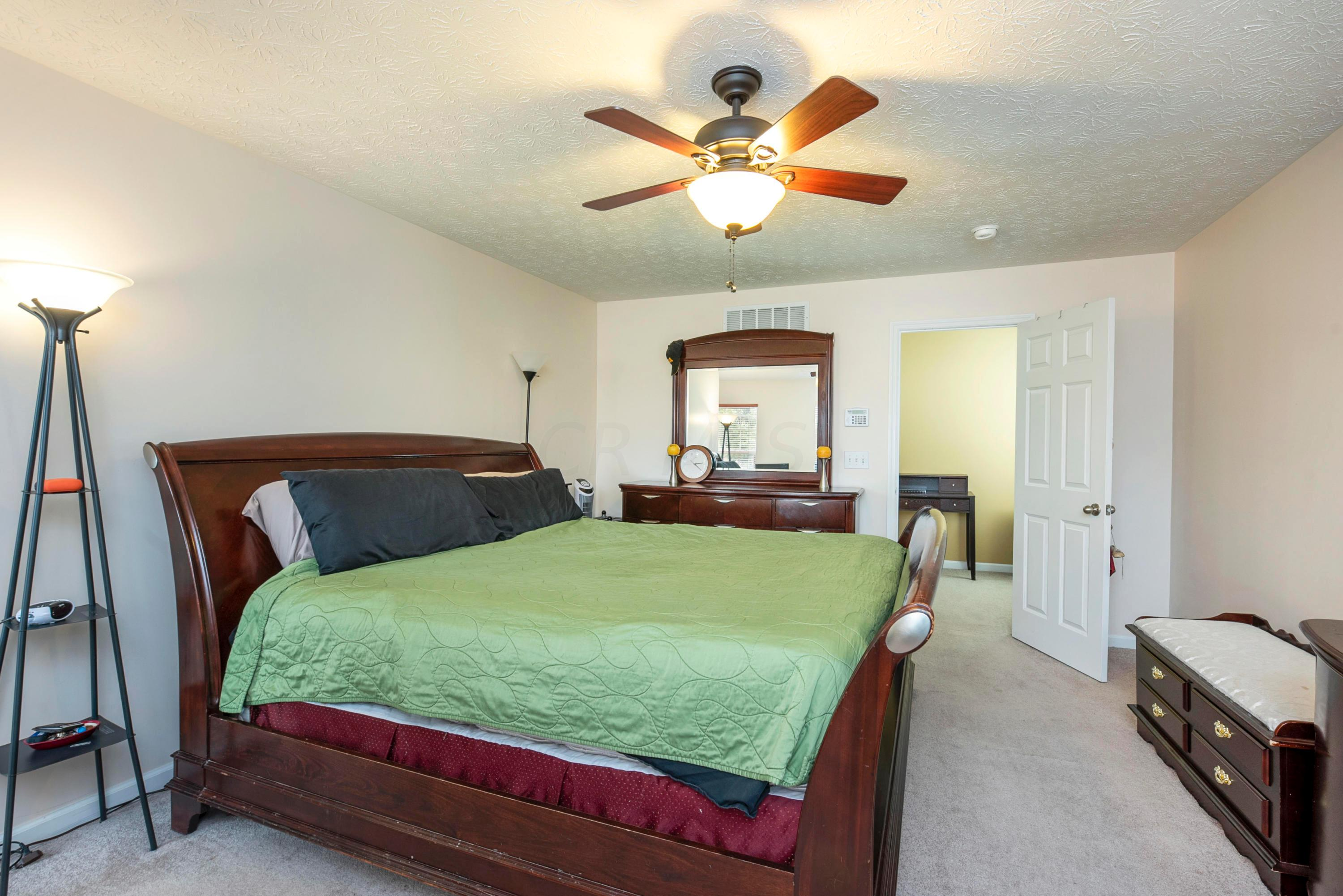 3847 Winding Path Drive, Canal Winchester, Ohio 43110, 4 Bedrooms Bedrooms, ,3 BathroomsBathrooms,Residential,For Sale,Winding Path,220032159