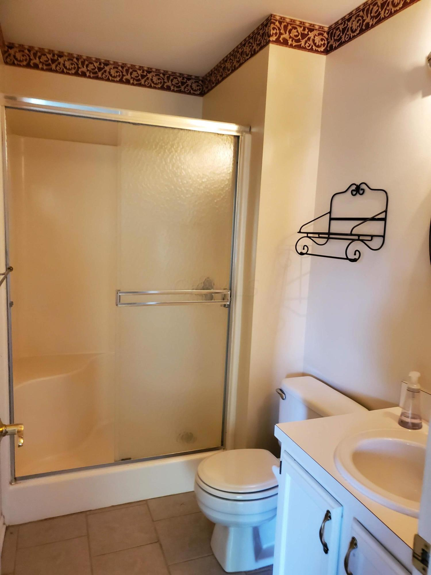 2245 Montague Court, Columbus, Ohio 43220, 3 Bedrooms Bedrooms, ,3 BathroomsBathrooms,Residential,For Sale,Montague,220032360