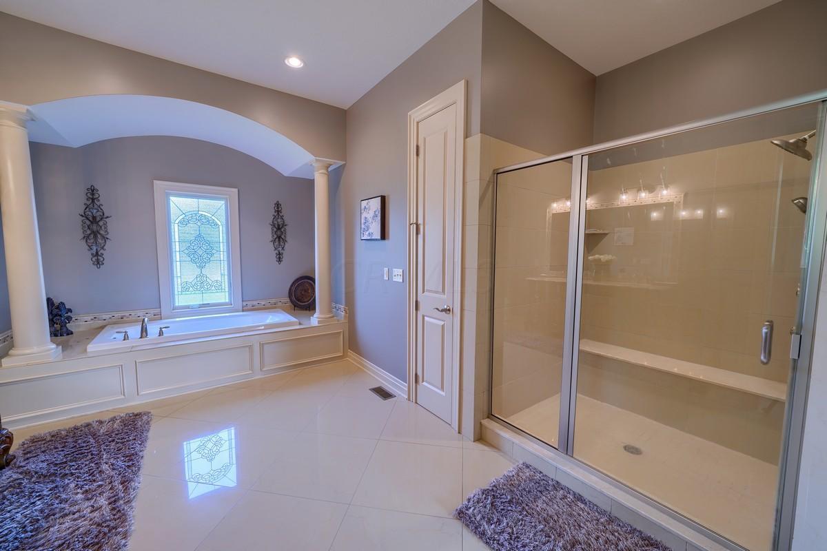 1199 Haverhill Court, Delaware, Ohio 43015, 5 Bedrooms Bedrooms, ,5 BathroomsBathrooms,Residential,For Sale,Haverhill,220032222