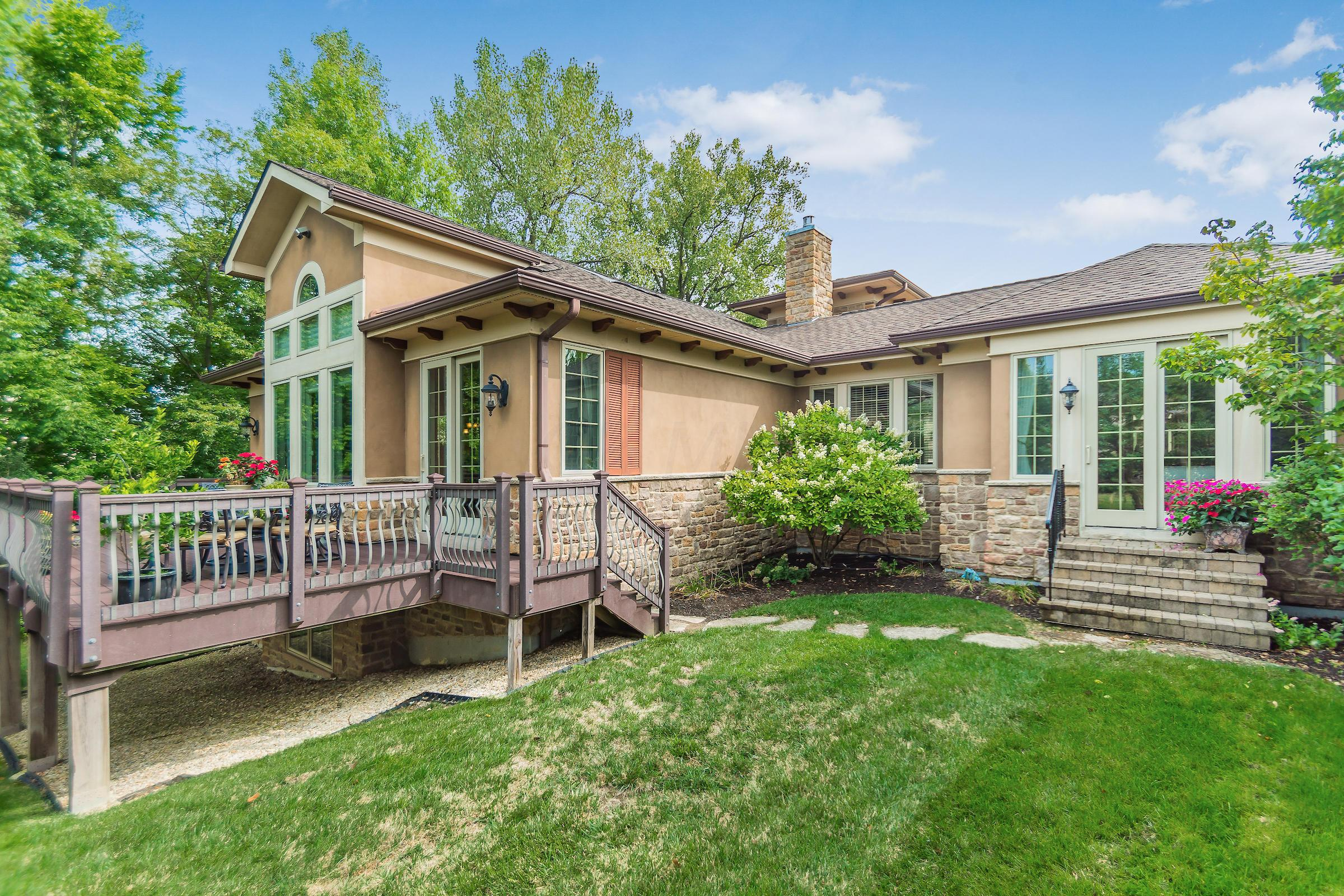 7012 Calabria Place, Dublin, Ohio 43016, 4 Bedrooms Bedrooms, ,4 BathroomsBathrooms,Residential,For Sale,Calabria,220032248