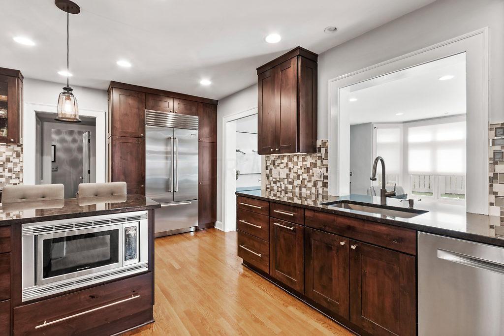 2201 Parkway Drive, Columbus, Ohio 43221, 5 Bedrooms Bedrooms, ,5 BathroomsBathrooms,Residential,For Sale,Parkway,220032294