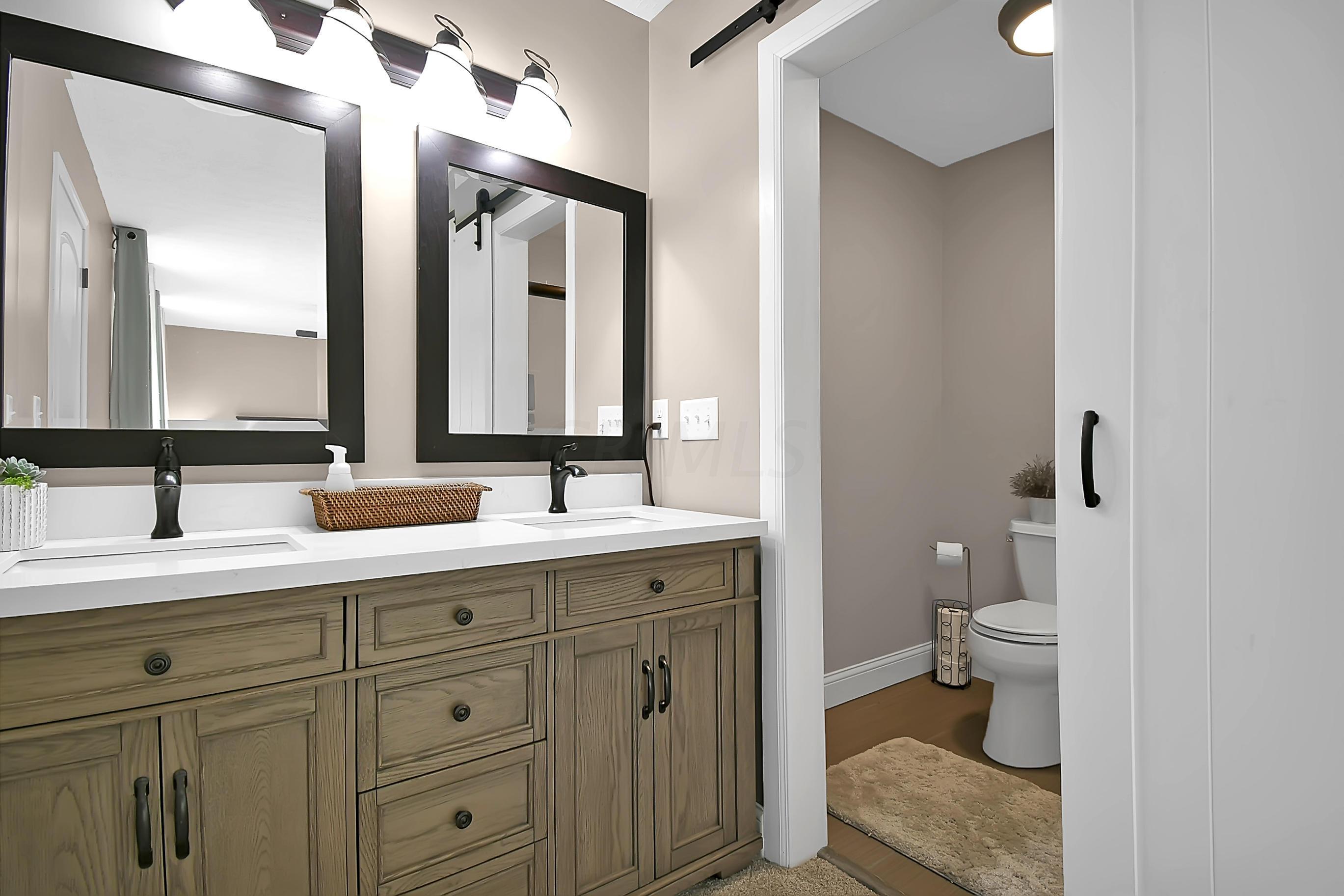1504 Deer Crossing Lane, Worthington, Ohio 43085, 3 Bedrooms Bedrooms, ,3 BathroomsBathrooms,Residential,For Sale,Deer Crossing,220032422