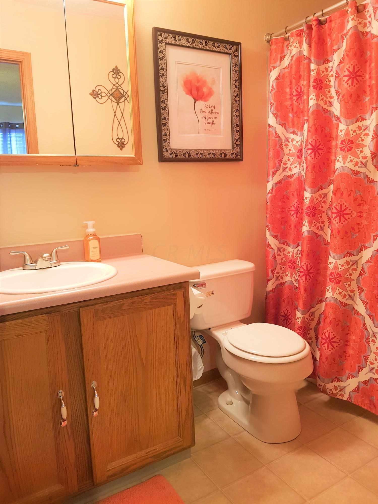 2863 Blue Moon Drive, Columbus, Ohio 43232, 3 Bedrooms Bedrooms, ,3 BathroomsBathrooms,Residential,For Sale,Blue Moon,220032424