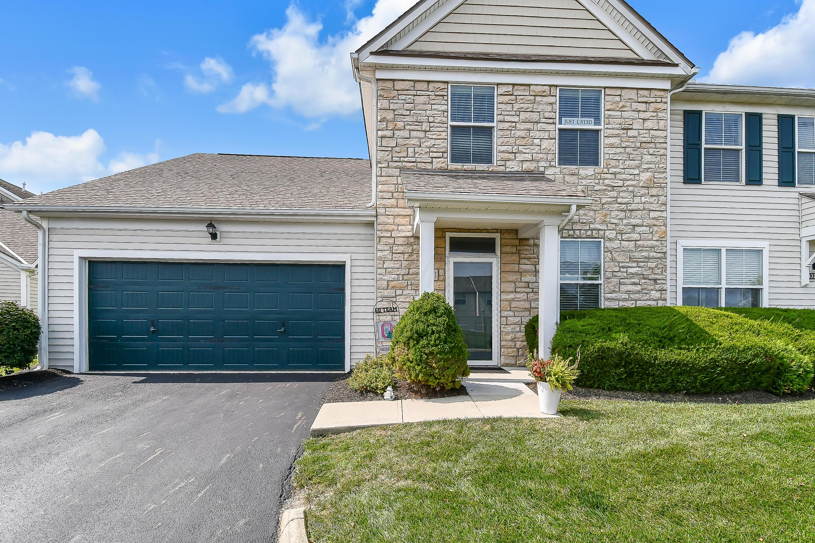 4331 Club Trail Lane, Grove City, Ohio 43123, 3 Bedrooms Bedrooms, ,3 BathroomsBathrooms,Residential,For Sale,Club Trail,220032263