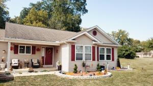 Undefined image of 164 Rustic Drive, Circleville, OH 43113
