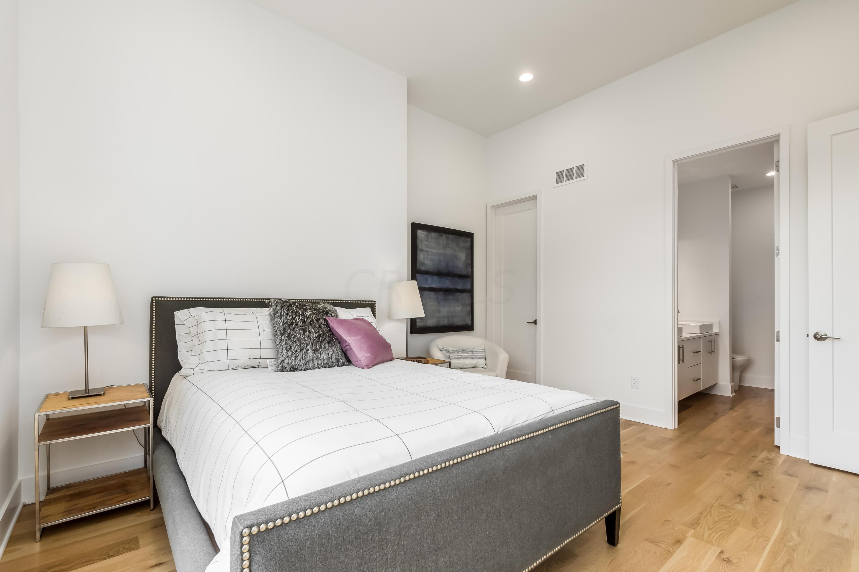 23 Frankfort Street, Columbus, Ohio 43206, 3 Bedrooms Bedrooms, ,4 BathroomsBathrooms,Residential,For Sale,Frankfort,220016379