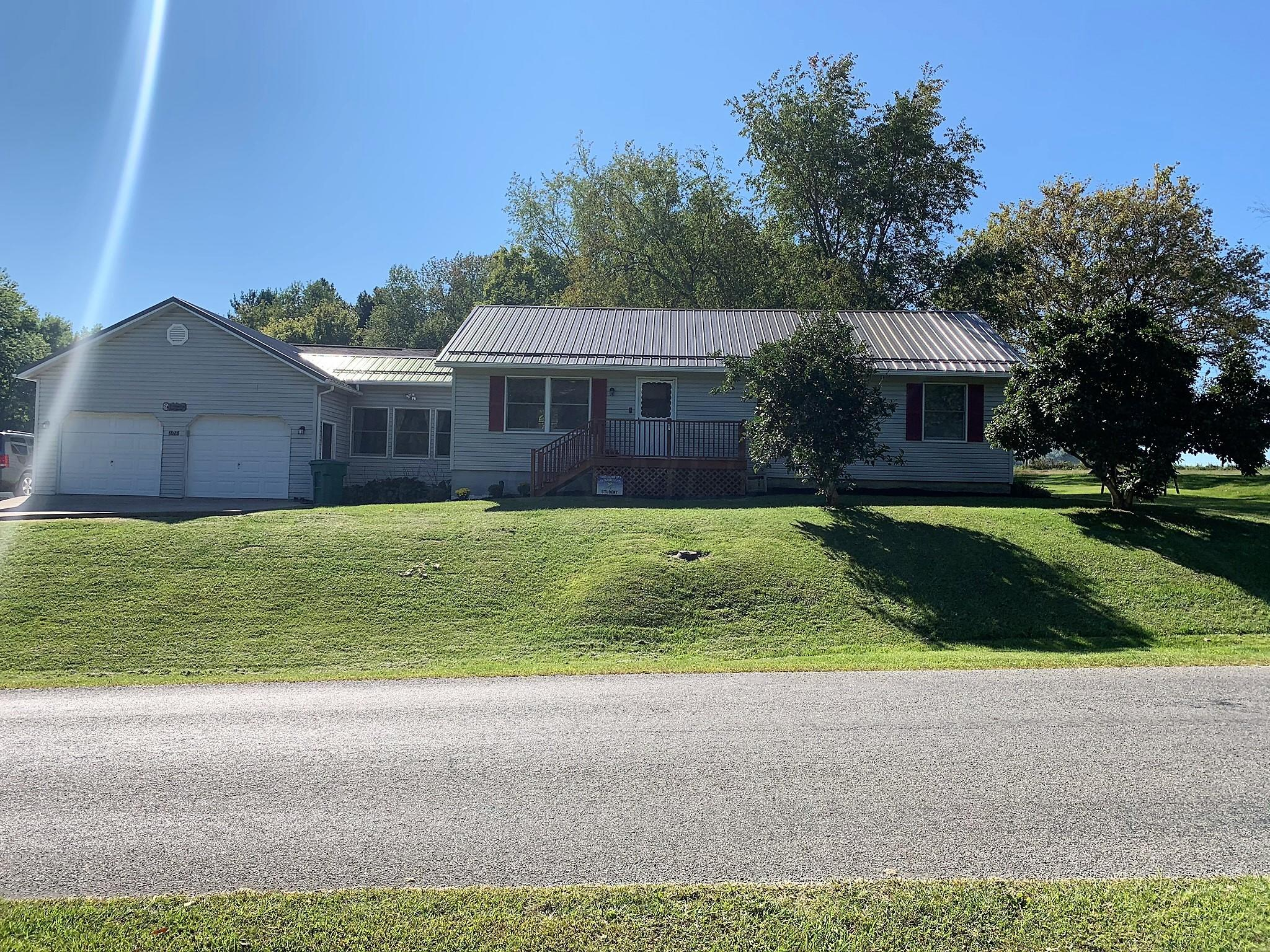 Property for sale at 1717 Apple Valley Drive, Howard,  Ohio 43028
