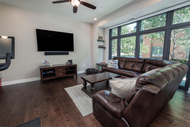 250 Spring Street, Columbus, Ohio 43215, 2 Bedrooms Bedrooms, ,3 BathroomsBathrooms,Residential,For Sale,Spring,220032442