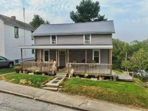 Undefined image of 125 N Pleasant Street, New Lexington, OH 43764